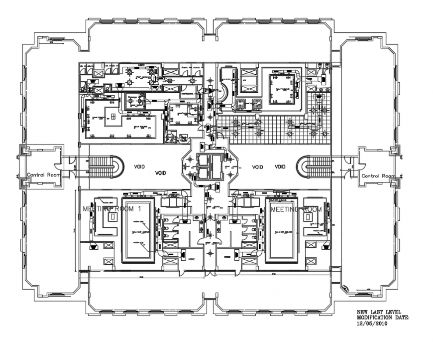 Roof floor plan HVAC equipment, duct work and layout plan details of pen house dwg file