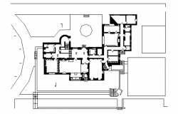 Site plan of a residential bungalow in dwg file